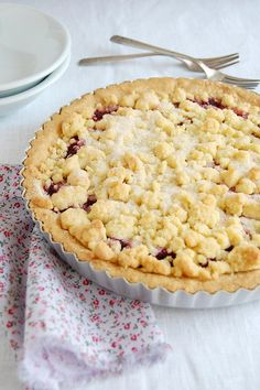 Raspberry crumble tart / Torta crumble de framboesa