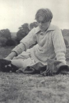 "bowlersandhighcollars: "" Rupert Brooke at Buckler's Hard, From Song of Love, The Letters of Rupert Brooke and Noel Olivier, edited by Pippa Harris. Old Photos, Vintage Photos, Share Photos, Rupert Brooke, Wilfred Owen, Old Fashioned Love, Bloomsbury Group, Writers And Poets, Book Writer"