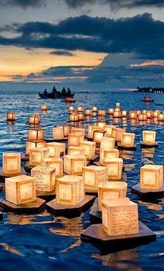Floating Lantern Festival, Honolulu ,USA