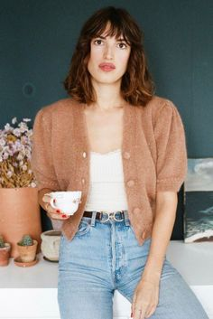 This season's cardigan trend. Jeanne Damas on a Rouje cardigan. Jeanne Damas, Parisienne Chic, French Girl Style, French Girls, Style Chic Parisien, Outfit Chic, Parisian Chic Style, French Outfit, Denim Look