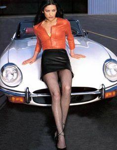 Jaguar E Type & Catherine Zeta-Jones!