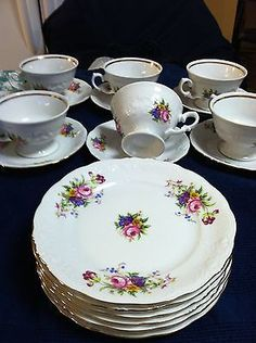 ROYAL-KENT-MADE-IN-POLAND-DESSERT-PLATES-CUPS-AND-SAUCERS