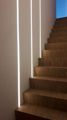 Interesting 20 design ideas for the interior lighting of stairs for your home fikriansy . - Interesting 20 design ideas for the interior lighting of stairs for your home fikriansy …, - Staircase Lighting Ideas, Stairway Lighting, Staircase Wall Decor, Railing Ideas, Home Stairs Design, House Design, Stairs Light Design, Corridor Design, Gym Design