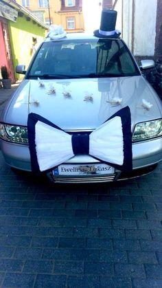 Funny wedding car decoration ideas: dress the car like a bride and groom! #weddingcar #getawaycar #weddingideas #fun