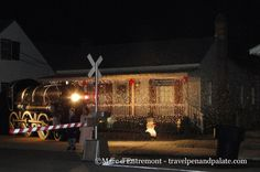 Historic Florida Christmas in Pensacola Village: Historic Pensacola has the ambiance of a village within the 21st century city and Christmas reflects this city's southern charm. http://exm.nr/1GUMQsG