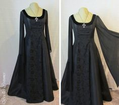 Hey, I found this really awesome Etsy listing at https://www.etsy.com/listing/189653728/dark-elf-taffeta-rose-dress-size-m