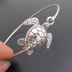 Sea Turtle Bracelet Sea Turtle Jewelry Beach by FrostedWillow