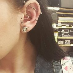 industrial, daith, snug, tragus piercing