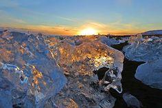 Iceland winter wonderland - icebergs on Jokulsarlon beach in winter