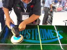 ▶ Pulir pintura automotriz (tutorial) TENAZIT - YouTube - Explicación de cómo pulir y eliminar los clásicos rayones y lograr un brillo excepcional en la pintura de los autos. Agradecemos la facilidad que nos ofreció el personal que atendió el stand de AUSTROMEX y TENAZIT, para grabar éste video tutorial donde nos muestran lo fácil que puede llegar a ser pulir la pintura de un automóvil, en tan sólo 3 pasos.
