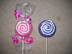 1 chocolate candyland swirl shaped molded oreo lollipops lollipop | sapphirechocolates - Edibles on ArtFire