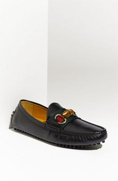 Love these, but have to be tall to pull off such a long toebox :(