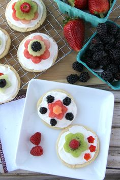 Blogger @Family Fresh Meals shares a delish recipe for mini fruit pizzas topped with cream cheese frosting and fresh fresh fruit!