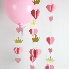 Heart Crown Garland // Princess Party // Decor // Balloon Tail // Baby Shower… - New Deko Sites Princess Party Decorations, Heart Decorations, Birthday Decorations, First Birthday Parties, Girl Birthday, First Birthdays, Princess Birthday, Princess Theme, Princess Diana