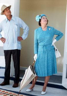 Robe Elisabeth II bleue