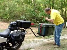 A lightweight and simple motorcycle trailer. After almost losing a large bag of cat food strapped across the back seat (and almost crashing in the process) I. Homemade Trailer, Motorcycle Trailer, Bicycle Wheel, Back Seat, Taking Pictures, Youtube, Log Projects, Cars, Motorbikes