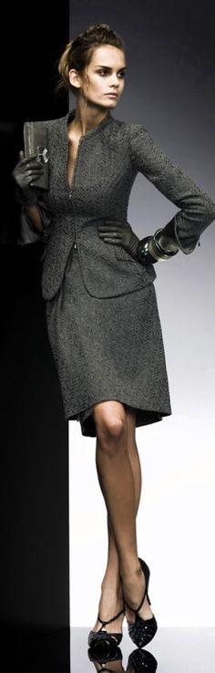Giorgio Armani www.roehampton-on… Giorgio Armani www. Office Fashion, Work Fashion, High Fashion, Spring Fashion, Business Outfit, Business Fashion, Business Clothes, Style Work, My Style