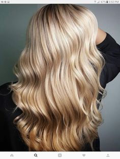 Summer Blonde - illumina  colour 10/1 +  4% on roots.  Foiled on parallels alternating Blondor + 4%. Toned with Colour Touch and Koleston Perfect Innosense 20g 9/81 + 20g 9/1 + 40g 1.9%