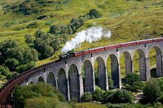 Jacobite Steam Train (aka Hogwarts Express), Scotland UK