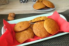 Fursecuri moi cu dovleac Baby Food Recipes, Biscuits, Muffin, Good Food, Cookies, Breakfast, Desserts, Bebe, Morning Coffee