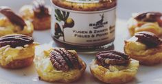 Cuisine-à-Vous: Bladerdeeghapje met brie en vijgenconfituur