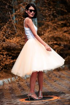 Tulle Skirt Tea length Tutu Skirt Elastic Waist от Sophiaclothing, $119.99- for graduation
