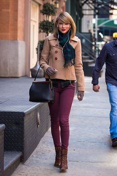 13 Days of Incredible Taylor Swift Fashion | Bundled up for a chill spring day