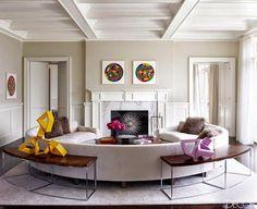 Si te digo que esta es la casa en los Hamptons de Tamara Mellon, quizá el nombre no te aclare mucho. Pero si te digo que fue, en 1996 y cuando trabajaba de editoria en el Vogue británico, la cofundadora de Jimmy Choo LTD con el propio Mr. Choo, y responsable en gran medida de …