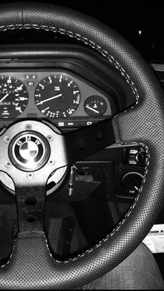 Renown steering wheel e30