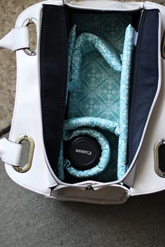 Turn Your purse into a Camera Bag with this simple DIY!