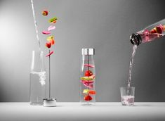 Shop for Eva Solo - MyFlavour Water Carafe at Panik Design. A licensed Eva Solo retailer, the UK's largest independent stockist of design. Table Design, Küchen Design, Interior Design, Water Carafe, Siding Colors, Mood Images, Still Life Photographers, Decoration Design, Deco Table