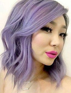 Ecco una panoramica delle ultime tendenze in materia di stile e di colori per i vostri nuovi intenti di capelli primaverili!