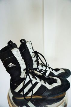 the best attitude 78548 92582 Vintage ADIDAS Boxing Boots  Black White  High  Sneakers  Shoes  UK 7   Eur 40  US 7 12  Box  Logo  Racing  Womans 9.5
