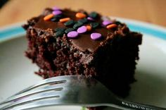 This is the best vegan chocolate cake, EVER! Seriously the best. Best Vegan Chocolate, Best Chocolate Cake, Chocolate Cake Pictures, Chocolate Glaze, Flourless Chocolate, Chocolate Hazelnut, Delicious Chocolate, Cake Recipes, Dessert Recipes