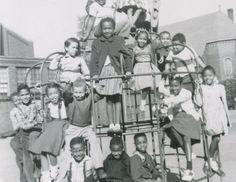 VINTAGE AFRICAN AMERICAN CHILDREN PLAYGROUND FUN PHOTO