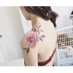 @tattooist_flower on Instagram