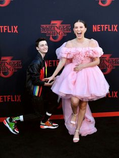 Millie Bobby Brown and Noah Schnapp attend the premiere of Stranger Things Season 3 on June 2019 in Santa Monica, California, Will, Eleven Stranger Things Fotos, Stranger Things Kids, Bobby Brown Stranger Things, Stranger Things Aesthetic, Stranger Things Season 3, Stranger Things Netflix, Millie Bobby Brown, Celebs, Celebrities