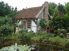 Gartenhaus aus alten Baumaterialien von Blöcher in Lemgo