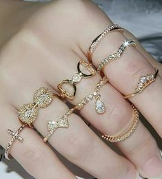 ❤They told me I was. Teen Jewelry, Hand Jewelry, Jewelry Rings, Jewellery, Stylish Rings, Stylish Jewelry, Cute Jewelry, Fashion Rings, Fashion Jewelry