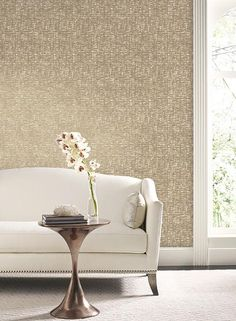Beige Living Room Wallpaper - Liza Wallpaper in Gold and Taupe design by Candice Olson for York Wall Gold Wallpaper Pattern, Beige Wallpaper, Modern Wallpaper, Gold Textured Wallpaper, Designer Wallpaper, Dining Room Wallpaper, Best Living Room Wallpaper, Wallpaper For House, Bedroom Wallpaper