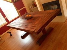 Rustic kitchen table Country Kitchen Tables, Wood Furniture, Dining Table, Indoor, House Styles, Kitchen Ideas, Heart, Home Decor, Projects