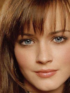 Alexis Bledel. --- possible Anastasia