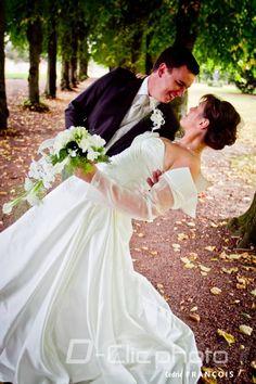 Couple renversant au parc du château de Ham-sur-Heure-Nalinnes