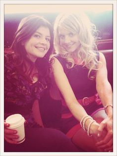 Casey Wilson and Eliza Coupe. I like to think we'd be besties in real life. Casey Wilson, Elisha Cuthbert, Happy Endings, I Miss You, Style Icons, Besties, Real Life, It Cast, Celebs