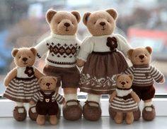 #VasilisaRomanovaToys, #knittedtoys   Use Instagram online! Websta is the Best Instagram Web Viewer!