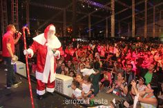 As fotos do show da Palavra Cantada e da chegada do Papai Noel no Flamboyant Shopping já podem ser vistas, baixadas e compartilhadas no site www.arrozdefyesta.net.