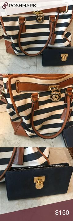 Michael Kors Large Tote Bag with matching wallet Large Michael kors tote purse with matching wallet, pretty good used condition Michael Kors Bags Shoulder Bags