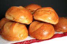 Lebensszenen: Rezept// Milchbrötchen. Perfect little breakfast rolls.
