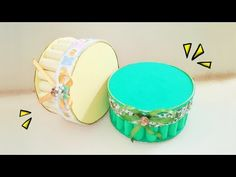 Faça uma linda caixinha com eva e cd velho - YouTube Crafts With Cds, Projects To Try, Decorative Boxes, Mini, How To Make, Blog, Beautiful, Youtube, Manicures