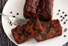 Paleo Pumpkin Bread with Optional Chocolate Chips Recipe | Paleo Newbie #paleo #PumpkinBread